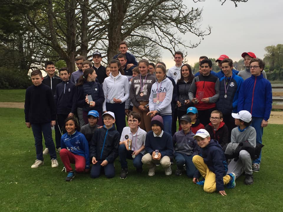 Photo groupe chamionnat finistere golf